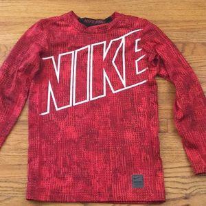 🏀🏀🏀 NIKE PRO Boys Long Sleeve Shirt- Size M